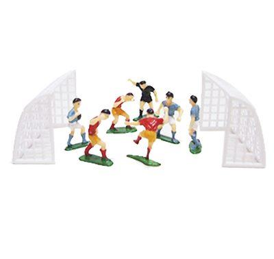 שחקני כדורגל ושער מפלסטיק